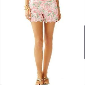 Lilly Pultizer Buttercup Scalloped Hem Shorts Sz 2